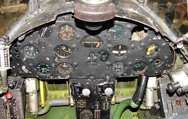 http://avia-museum.narod.ru/cockpits/vought_f4u.jpg