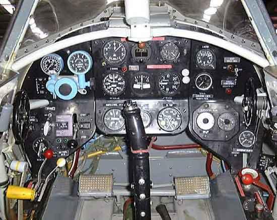 Le Yak 3 du MAE vu de l'intérieur... Yak-3
